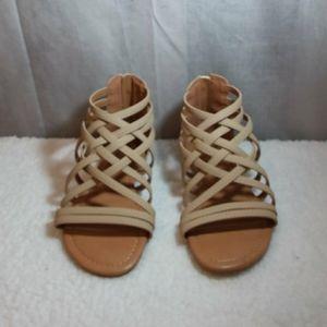 JC Strappy Gladiator Tan sandals sz 7